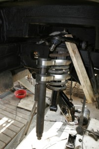 Montage der verstärkten 2WD Federn